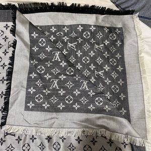 Louis Vuitton Monogram Denim Shawl Black AUTHENTIC